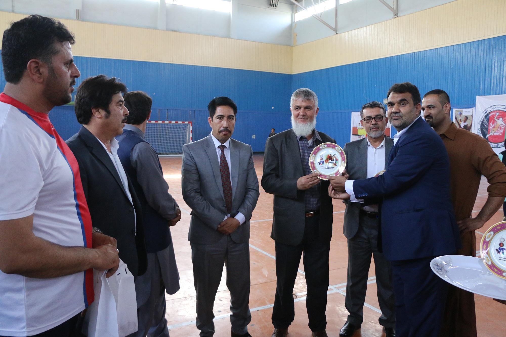 با پایان یافتن رقابتهای گزینشی هندبال ترکیب تیم های کابل الف و کابل ب اعلام شد.