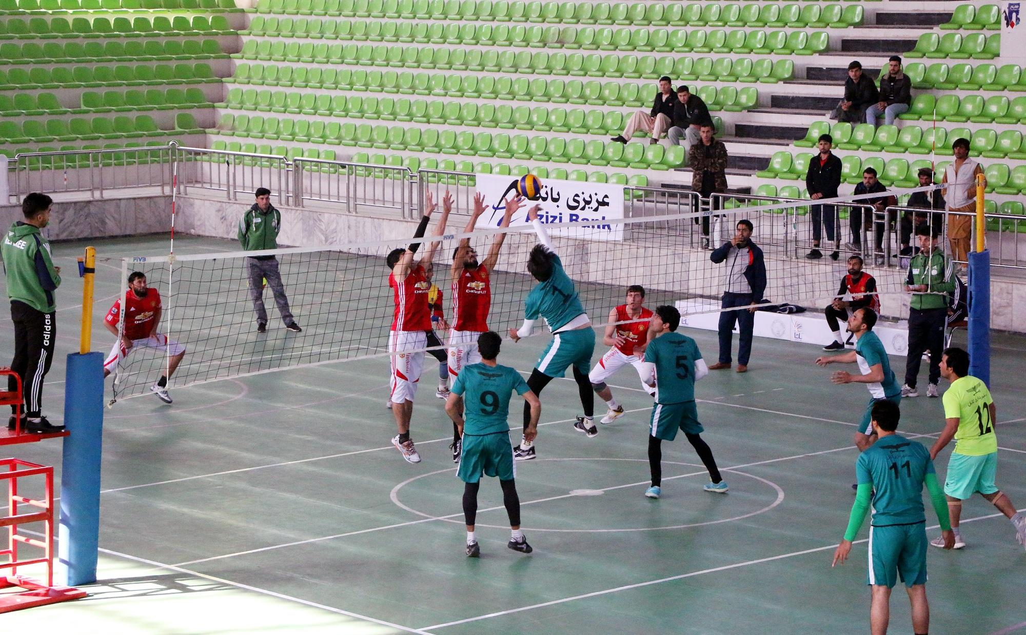 مسابقات جام قهرمانی و تیم های منتخب والیبال افغانستان امروز در کابل برگزار شد