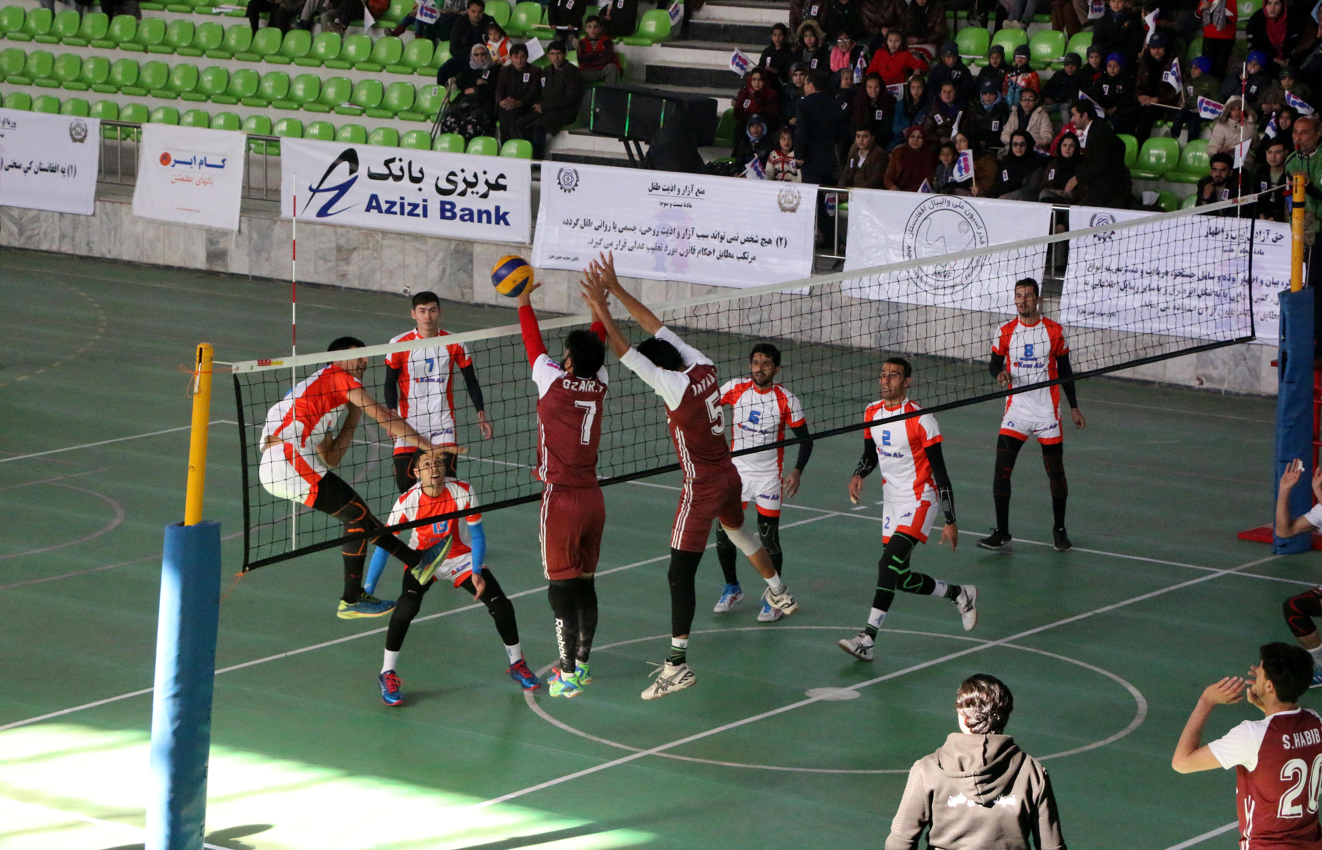 رقابتهای جام قهرمانی باشگاه ها و تیم های منتخب والیبال کشور با قهرمانی تیم غلام حیدرجیلانی به پایان رسید.