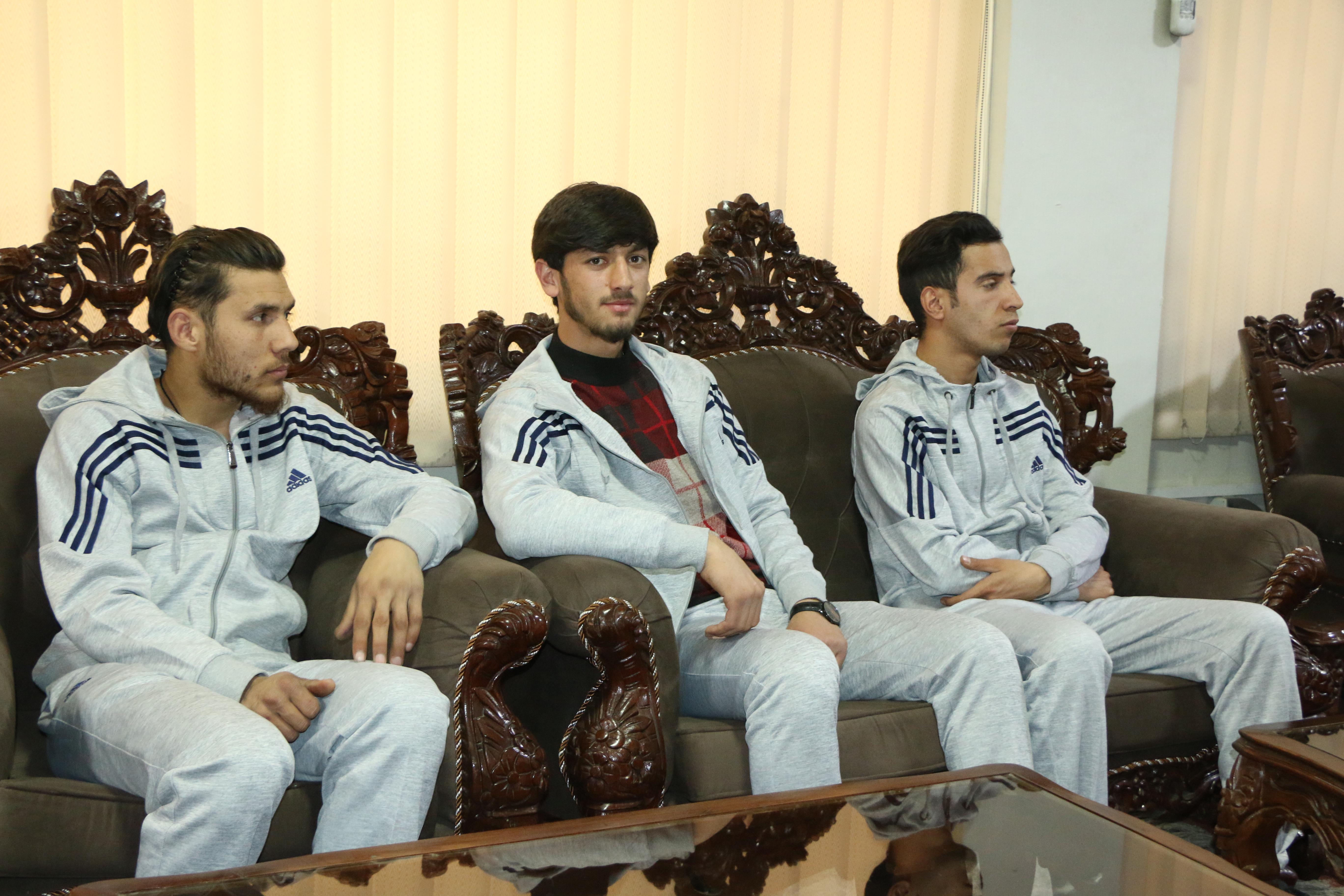 احمد سروش سروش عضو تیم اسنوبرد افغانستان مورد تقدیر ریاست عمومی تربیت بدنی و ورزش و کمیته ملی المپیک قرار گرفت.
