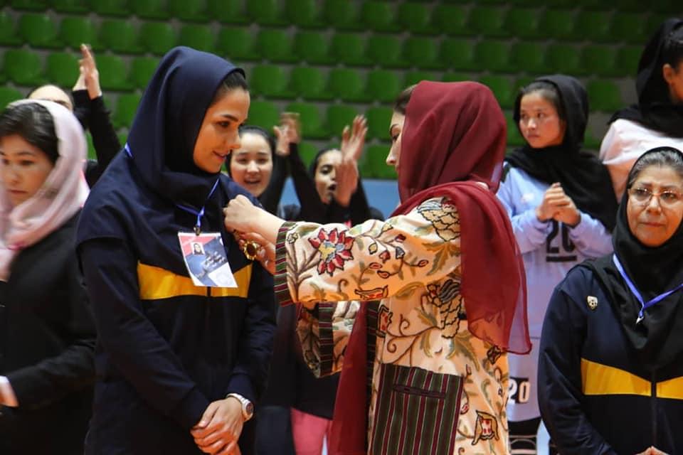 تیم والیبال بانوان مهاجرین ایران